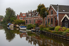 Abcoude (Julysha) Tags: abcoude 2015 d810 acr nikkor247028 thenetherlands october autumn river angstel houses boats reflection dutch holland