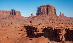 The John Ford View (Jon Ariel) Tags: monumentvalley arizona desert horse