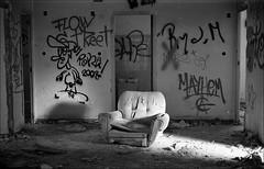 181111_Psiquiatrico_008 (Stefano Sbaccanti) Tags: bw blackandwhite analogicait analogue argentique bianconero leicam5 kentmere400 psiquiatrico asylum urbex urbanexploration abandonado 2018 50summicron spain