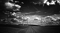Fehdehandschuh für Don Quijote (Maquarius) Tags: windkanal windräder energie strom elektrizität wind windkraft mainfranken unterfranken franken