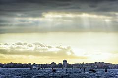 Morning light - The Venetian Lagoon (lasse christensen) Tags: dsc6153 italiaitaly venicevenezia venetianlagoon morning light sky ckouds lys morgen skyer himmel lagunadivenezia