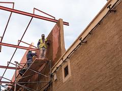 20181117-036 (sulamith.sallmann) Tags: arbeit menschen afrika altstadt bauarbeiter baugerüst gerüst marokko marrakesch medina people renovierung sulamithsallmann