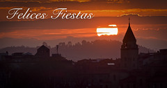 Felices Fiestas/ Merry Christmas (Jose Antonio. 62) Tags: asturias spain españa gijón felicitación greeting silhouette silueta backlight sun sol sunset puestadesol