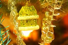 На елке / On Christmas tree (Владимир-61) Tags: новыйгод праздник украшения елка мишура советскиеновогодниеигрушки sovietnewyearstoys tinsel christmastree decoration holiday newyear sony ilca68 minolta75300