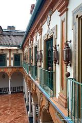 Balconada (moligardf) Tags: palacio diputación balcones patios tejado faroles