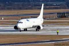 Boeing 737-4Q8(SF) F-GZTK 05.01.2017 (Kasselspotter) Tags: boeing airplane aircraft flugzeug 737 747 planespotter planespotting winter fotografie flughafen kassel kasselairport luftfracht