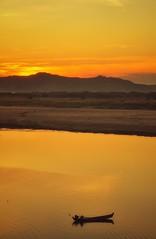 Irrawaddy Sunset (ValterB) Tags: valterb myanmar burma nikond90 nikon nikkor nature natural night shadow sunset sunlight sun yellow red water river irrawaddy bagan beach beautiful beauty shore shoreline boat fishing horizon mountain sky sand