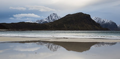 Vik Beach, Lofoten, Norway (Peter Starling) Tags: 2018 lofoten norway peterstarling arctic island islands reflection sea shore shoreline waves mountain mountains clouds cloudscape snow haukland uttakliev norge nordland