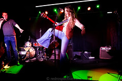 Lainey Wilson -7027 (MusicCloseup) Tags: 2018 20181027 countrymusicweekdaytimehub2018saturday countymusicweek europe laineywilson london october2018 theborderline uk unitedkingdom blue bluejeans color colour concert concertphotography country countrymusic curlyhair electroacousticguitar flares gig guitar guitarist hair human instrument instruments jeans livemusic musicphotography people person redrospectivecom singer singersongwriter singing woman