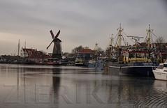 Zierikzee72 (lotharmeyer) Tags: zierikzee holland lotharmeyer nikon hafen wasser schiffe spiegelung nature colors
