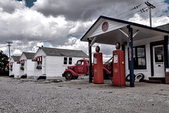 That Good Gulf (Pete Zarria) Tags: green indiana auto car history old signs petroliana gulf gas station service oil petrol motel cabins road side small town garage