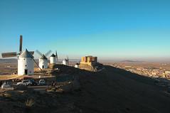 Consuegra, Toledo (sergiofuen) Tags: consuegra toledo españa spain dusk atardecer molinos windmills castillo castle landscape paisaje