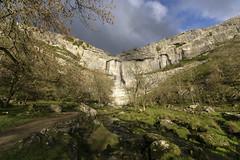 Malham Cove (l4ts) Tags: landscape yorkshire yorkshiredales malham malhamcove riveraire limestone limestonecliff amphitheatre climbingarea