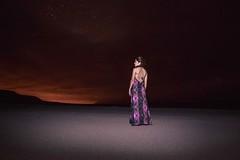 The woman of the Desert. (Oscar Gómez Luengo) Tags: clouds cielo sky nocturne vestido chilena chile tamron canon desiertodeatacama atacamadesert antofagasta fotografianocturna night noche latina beauty dancer linda