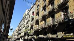 Barcelona Street - Barri Gòtic (dckellyphoto) Tags: barcelona building street spain catalonia 2015 city barrigòtic