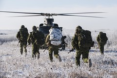 Canadian Patrol Concentration 2016 (Canadian Army   Armée canadienne) Tags: airforce army arméedeterre day extérieur forceaérienne helicopters hommes horizontal hélicoptères jour males neige outdoors snow wainwright ab canada ca