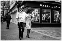 that way for urban decay (Silver Machine) Tags: streetphotography street candid london carnabystreet girls walking putrowsers urbandecay pointing window windowdisplay shopwindow blackwhite bw mono monochrome fujifilm fujifilmxt10 fujinonxf35mmf2rwr