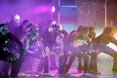 1B5A5562 (invertalon) Tags: acadamy villains dance crew universal studios orlando florida halloween horror nights 2018 hhn hhn18 hhn2018 americas got talent agt canon 5d mark iii high iso 5d3 theater group