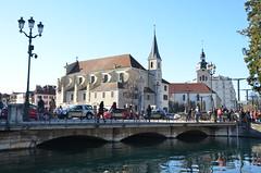 Annecy (RarOiseau) Tags: annecy fête carnaval ville hautesavoie rue pont canal église