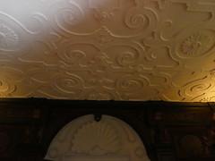 UK - London - Bulls Cross - Forty Hall - Room - Decorative ceiling (JulesFoto) Tags: uk england london centrallondonoutdoorgroup clog enfield bullscross fortyhall jacobeanhouse ceiling