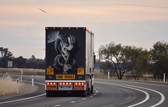 Brian S (quarterdeck888) Tags: trucks truckies transport australianroadtransport roadtransport lorry primemover bigrig overtheroad class8 heavyvehicle highway road truckphotos nikon d7100 movingtrucks jerilderietrucks jerilderietruckphotos quarterdeck frosty expressfreight generalfreight logistics overnightfreight highwayphotos semitrailer semis semi flickr flickrphotos bjs brian kenworth t904 bdouble tautliner dropdeck