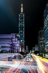 Taipei 101 - Light Trails (Cyclase) Tags: asia asien taiwan china formosa taipei taipeh night nacht city stadt light trails sky lichter kreuzung crossing