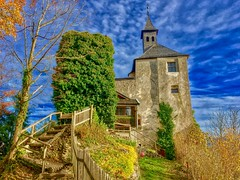 Thierberg chapel near Kufstein in Tyrol, Austria (UweBKK (α 77 on )) Tags: österreich thierberg kapelle chapel mountain top tyrol tirol austria europe europa kufstein sky blue clouds white bush stairs building architecture church