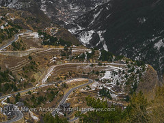 Andorra camis & rutes: Mountain landscape, Canillo, Vall d'Orient, Andorra (lutzmeyer) Tags: andorra canilloparroquia carreterademontaupcanillocs240 casallecsiacarreterademontaupcs240 casallecsiaarenacarreterademontaupcs240 europe gebirge iberia iberianpeninsula lutzmeyer pirineos pirineus pyrenees pyrenäen restaurantbordapatxetacanillomontaup rocdelarenycanillo valldorient bedeckt berge bild camisrutes enero foto fotografie gebirgszug gener hivern iberischehalbinsel image imagen imatge invierno januar january landscape landschaft lutzlutzmeyercom mfmediumformat montana montanas mountains muntanyes paisaje paisatge photo photography picture rural rutaciclista02colldordinofromcanillo serpentine sonnenaufgang sortidadelsol sunrise vallorient winter canillo canillovalldorient