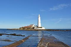 Sunny St Mary's (42jph) Tags: nikon d7200 uk england northumberland whitley bay st marys island lighthouse coast sea ocean landscape waterscape
