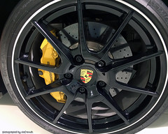 Porsche rim with brake system (seanavigatorsson) Tags: porsche car automobile zuffenhausen ferdinandporsche safety braking optimal bremsen sicherheit felge rim bremsanlage