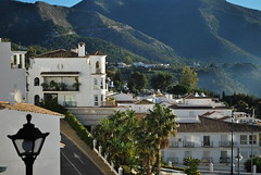 Mijas (olenka :)) Tags: mijas andalusia arch architecture balcony building costadelsol espana europe lamp light málaga naturallight nikkorafsdx1855mmf3556gvr nikon nikond60 outdoor mountains spain andalucia