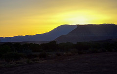 Sunset near Zion NP (Essy_S) Tags: hx400 sony america us utah redrocks sunset nature nationalpark zionnp zionnationalpark roadtrip unitedstates travel