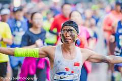 LD4_9630 (晴雨初霽) Tags: shanghai marathon race run sports photography photo nikon d4s dslr camera lens people china weekend november 2018 thousands city downtown town road street daytime rain staff