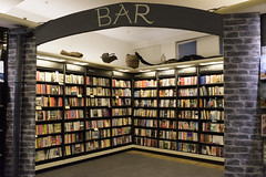 The Bar, Waterstones Booksellers, London [1514] (my.travels) Tags: waterstones london book bookstore bookseller bar england unitedkingdom greatbritain nikon d7200 books gb