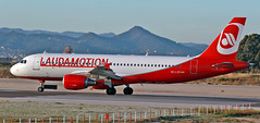 Laudamotion / Airbus A320-214 / OE-LOD (vic_206) Tags: laudamotion airbusa320214 oelod bcn lebl