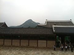 "korea-gyengbobgun-palace-2014-img_4573_14462439948_o_42024406651_o • <a style=""font-size:0.8em;"" href=""http://www.flickr.com/photos/109120354@N07/46179122851/"" target=""_blank"">View on Flickr</a>"