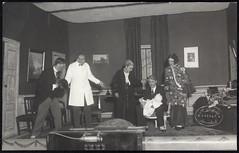 Postkort fra Agder (Avtrykket) Tags: forestilling kuliss postkort scene skuespiller teateroppsetning arendal austagder norway nor