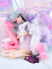 We are too precious for this world (Pliash) Tags: doll cute kawaii bjd girl magical unicorn unicornio alpaca lhama bambi cervo bear teddy crybaby felt plushie artesanato handmade animals animal sleepy