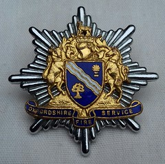 Oxfordshire Fire Service Cap Badge 1974-2004 (Lesopc) Tags: oxfordshire fire service brigade cap badge logo ofs 1974 1975 1976 1977 1978 1979 1980 1981 1982 1983 1984 1985 1986 1987 1988 1989 1990 1991 1992 1993 1994 1995 1996 1997 1998 1999 2000 2001 2002 2003 2004 uk rescue
