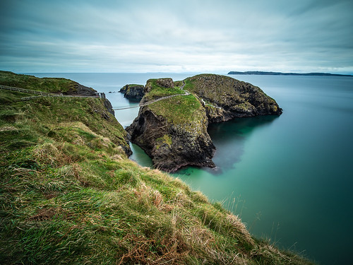 The rope bridge - Northern Ireland - Seascape photography