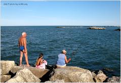 . (zioWoody) Tags: cesenatico scoglio scogli rocks molo mare sea