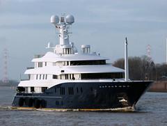 C2 (Maritime Fotografie) Tags: c2 luxusyacht superyacht megayacht yacht yachting weser abekingrasmussen lemwerder niedersachsen germany werft abeking und rasmussen martin tolle ship schiff