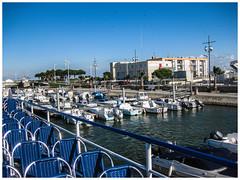 Aigues-Mortes (bobbex) Tags: camargue france southoffrance french lemidi lesud boats