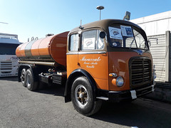 OM SuperOrione (Actros1857LS) Tags: om superorione orione lkw camion truck trucks oldtimer epoca cisterna 3 assi perlini