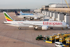 Ethiopian 787-9 (Martyn Cartledge / www.aspphotography.net) Tags: 7879 aerodrome aeroplane air aircraft airline airliner airplane airport aspphotography aviation boeing cartledge civilairline civilairliner dreamliner etauo flight fly flying jet man manchester martyn plane runway transport wwwaspphotographynet uk asp photography flywinglets