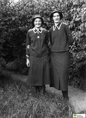 tm_5761 - Frälsningsarmén 1935 (Tidaholms Museum) Tags: salvationarmy svartvit positiv uniform 1935 1930talet förening
