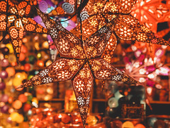 Christmas Play of Color (Bephep2010) Tags: 2018 35mmf14dghsmart 7markiii alpha bern bokeh farbenspiel herbst ilce7m3 nacht schweiz sigma sony stern switzerland weihnachtsdekoration autumn bunt christmasdecorations colorful fall night playofcolor star ⍺7iii kantonbern ch