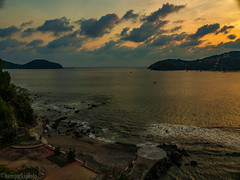 Zihuatanejo Bay (kensparksphoto) Tags: zihuatanejo zihua hotelirma sunset mexico pacific