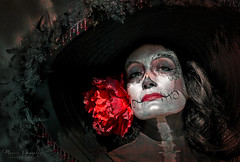 2018 Noche de Altares Santa Ana 12 (Marcie Gonzalez) Tags: ca socal so cal orange county southern festival celebration festivals celebrations day dead dia de los muertos diadelosmuertos tradition traditional honor family friends noche altares nochedealtares night dancing festive fun annual event events mexico mexican altar costume costumes paint painted face skull skeleton 2018 dayofthedead dancers north america cultural usa us marcie gonzalez marciegonzalez marciegonzalezphotography photography canon 2018nochedealtaressantaana nochedealtaressantaana altars calif california día
