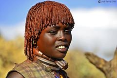 20180925 Etiopía-Turmi (1370) R01 (Nikobo3) Tags: áfrica etiopía turmi etnias tribus people gentes portraits retratos culturas color hamer tradiciones travel viajes nikon nikond800 d800 nikon7020028vrii social nikobo joségarcíacobo